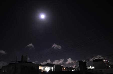 満月の明るい夜