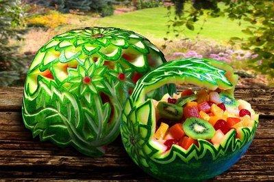 フルーツアート 盛り付け スイカ 果物