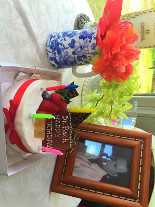 バッチフラワー バッチ博士 誕生日 バッチベーシックコース 沖縄市 高原 天然香房